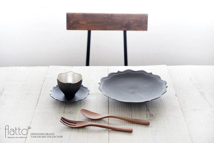 木下和美|黒釉銀彩 輪花カップ&ソーサー-03