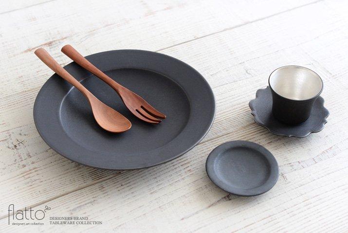 東一仁|ブラック リムプレート8寸-04