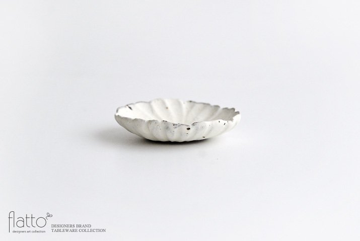 村上直子 shiro moegiマーガレット小皿-03