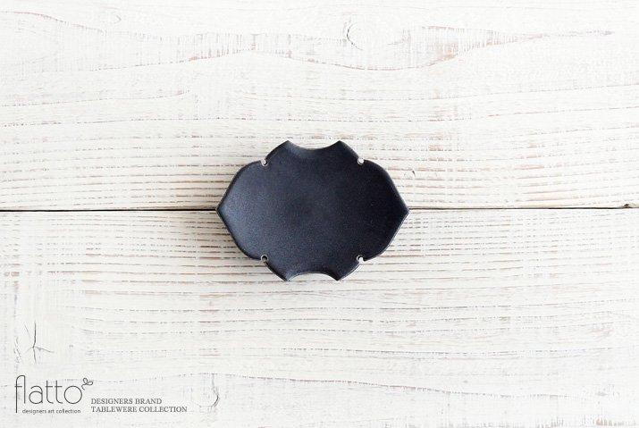 木下和美|黒釉蝙蝠豆皿