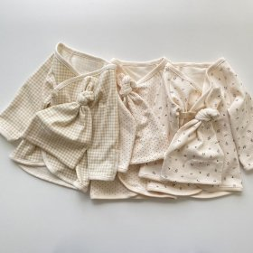 Baby Maeaki tops +Bonnet set