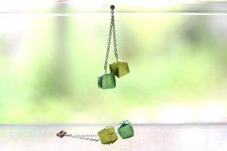 Origami Jewelry<br/> 「fuhsen」double <br/>ピアス/イヤリング<br/>ひわもえぎいろ みどりいろ<br/>