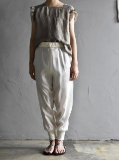 <img class='new_mark_img1' src='https://img.shop-pro.jp/img/new/icons14.gif' style='border:none;display:inline;margin:0px;padding:0px;width:auto;' />uryya     silk rib pants [white] サイズ1