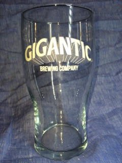 GIGANTIC PINT GLASS (約600ML)