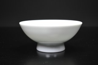 井上萬二/白磁彫文盃002   INOUE Manji / Hakujihorimon sakazuki002