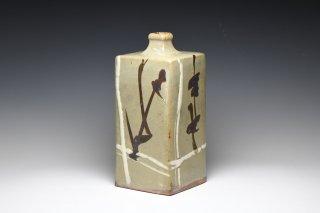 濱田庄司/白差鐵絵角瓶   HAMADA Syoji / Shirozashitetsue kakubin
