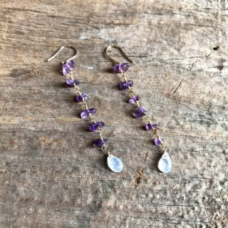 amethyst &rainbow moonstone pierce