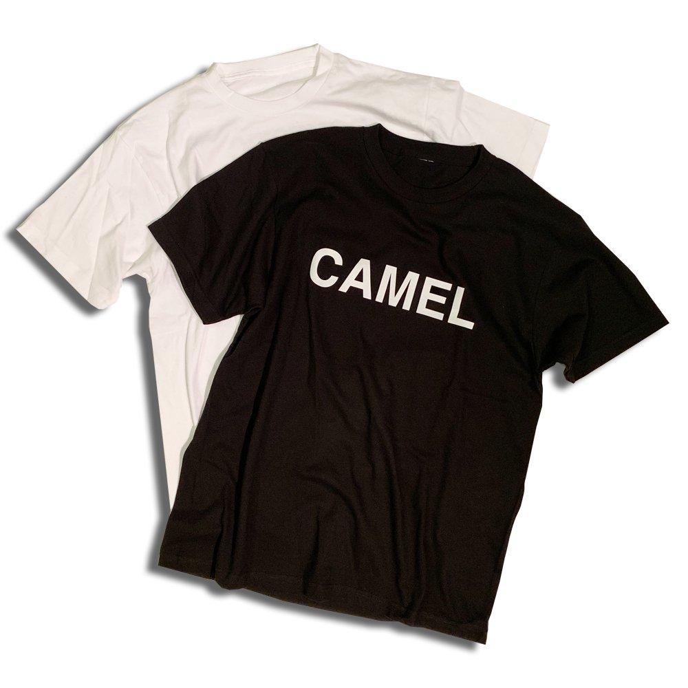 HOSU CAMELプリントTシャツ/ホワイト、ブラック