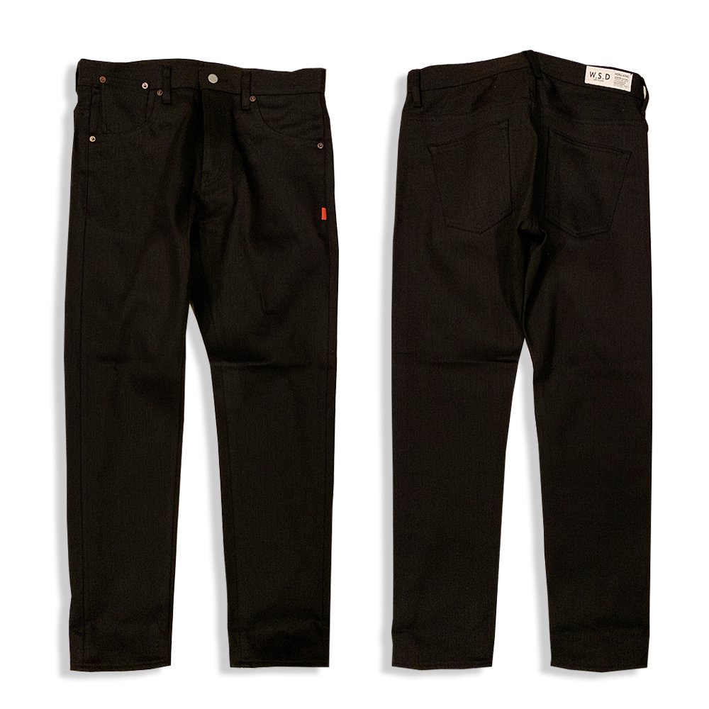 <img class='new_mark_img1' src='//img.shop-pro.jp/img/new/icons1.gif' style='border:none;display:inline;margin:0px;padding:0px;width:auto;' />HOSU 186 SLIM TAPERED BLACK DENIM