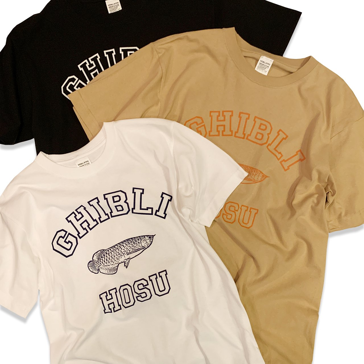 HOSU×GHIBLI アロワナプリントTシャツ/ホワイト、ブラック、ベージュ