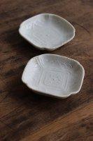 日本<br>白磁の豆皿