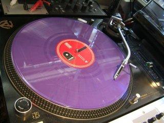<img class='new_mark_img1' src='https://img.shop-pro.jp/img/new/icons14.gif' style='border:none;display:inline;margin:0px;padding:0px;width:auto;' />劇レア盤RANE/Control Vinyl/DJ 日本未発売マット・マーブル・パープル