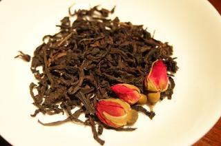 玫瑰岩茶 (めいくいがんちゃ)