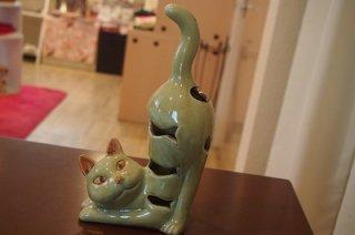 香炉 伸び猫