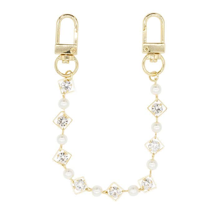 BIJOUX PEARL CHAIN STRAP<br>〈ストラップ〉<img class='new_mark_img2' src='https://img.shop-pro.jp/img/new/icons5.gif' style='border:none;display:inline;margin:0px;padding:0px;width:auto;' />