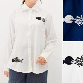 モノトーン小魚刺繍★長袖ブラウス