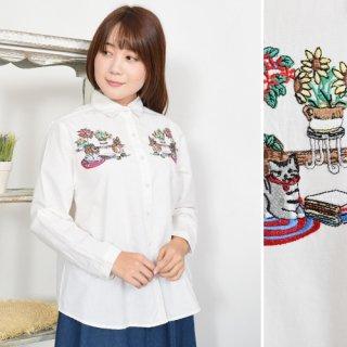 くつろぎねこちゃん刺繍★長袖シャツ/ブラウス