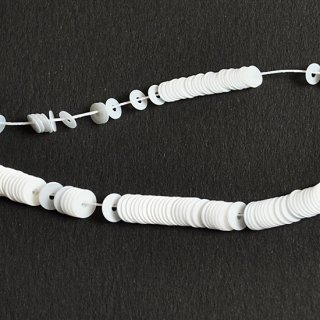 サテンパーリーホワイト 1本(1000枚)・イタリア製・糸通し・平面・3mm,4mm