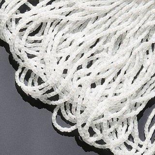 【3cut】オパール  ホワイト   糸通し・9/0・チェコ製・スリーカットビーズ