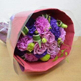 生花 紫のお花を使用した ブーケ型花束