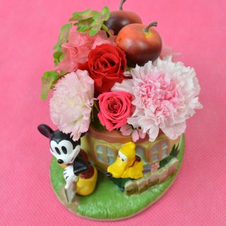 【クリアケース付】 ミッキー陶器のプリザーブドフラワーアレンジメント