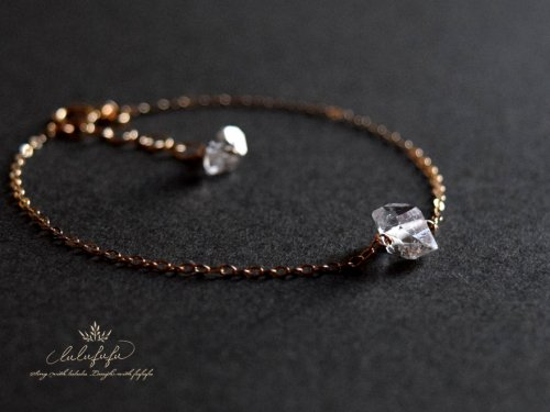 <img class='new_mark_img1' src='https://img.shop-pro.jp/img/new/icons57.gif' style='border:none;display:inline;margin:0px;padding:0px;width:auto;' />herkimer diamond bracelet〜ハーキマーダイヤモンドブレスレット