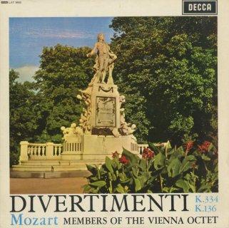 モーツァルト:ディヴェルティメント17番K.334,1番K.136