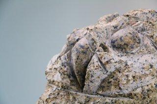 石彫ふくろう 桜御影300×300×H450