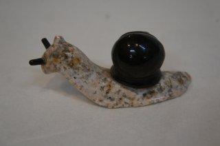 G-682/山西黒 彫刻かたつむり