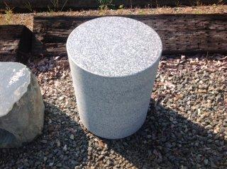白御影石 椅子 Φ300×H350 いす イス