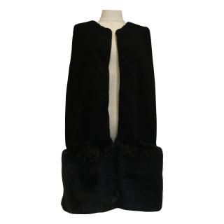<img class='new_mark_img1' src='https://img.shop-pro.jp/img/new/icons56.gif' style='border:none;display:inline;margin:0px;padding:0px;width:auto;' />combination fur vest(black)