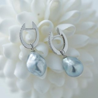 Pebble Charm Pierced Earrings ぺブル ピアス
