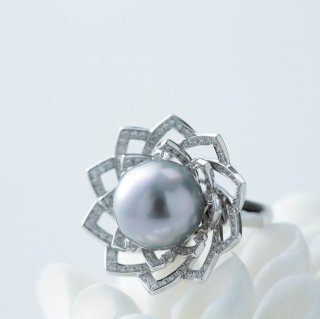 Lotus Gray pearl Ring ロータスリング