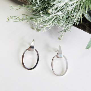 Swing Ring Earring