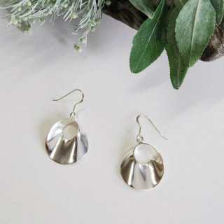 Twist Circle Earring