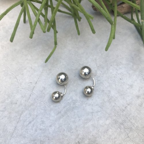 Vintage silver arch ball  Earring