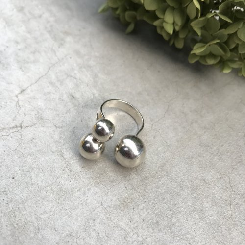 Vintage Sterling silver 3ball Ring