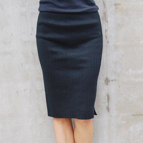 Black Knit Skirt.