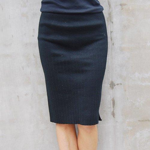 Black Knit Skirt.