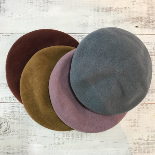 <img class='new_mark_img1' src='//img.shop-pro.jp/img/new/icons23.gif' style='border:none;display:inline;margin:0px;padding:0px;width:auto;' /> 2018 Color wool beret