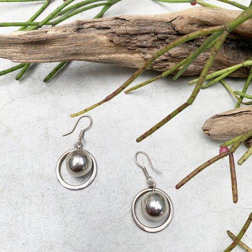 Saturn Swing Earring