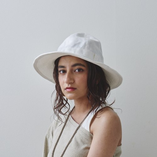 <img class='new_mark_img1' src='https://img.shop-pro.jp/img/new/icons14.gif' style='border:none;display:inline;margin:0px;padding:0px;width:auto;' />Linen White Metro Hat