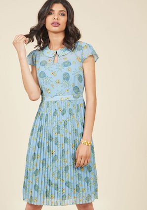 Modcloth   モドクロス Expansive Interests A-Line Dress in Pineappleパイナップルのドレス
