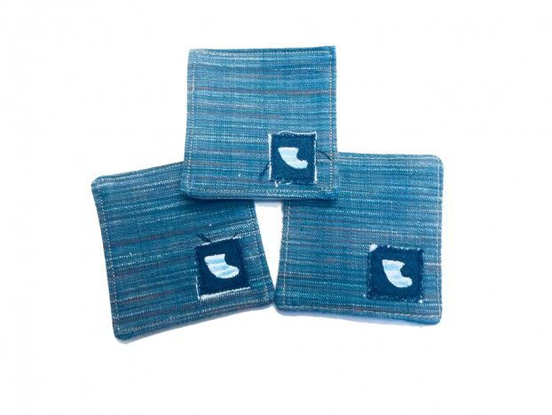 <img class='new_mark_img1' src='//img.shop-pro.jp/img/new/icons8.gif' style='border:none;display:inline;margin:0px;padding:0px;width:auto;' />BLUER DENIM COASTER(3pieces)LIGHT BLUE FIN