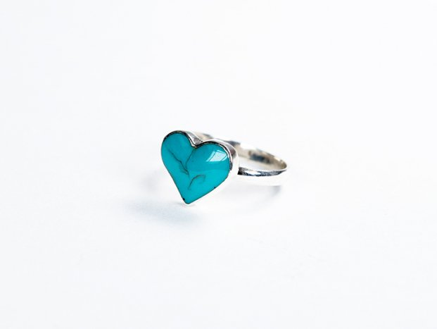 <img class='new_mark_img1' src='//img.shop-pro.jp/img/new/icons47.gif' style='border:none;display:inline;margin:0px;padding:0px;width:auto;' />【限定】handmade blue turquoise  ring