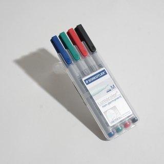 油性ペン lumocolor 細書きM(線幅0.8mm-1.0mm)