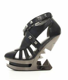 国内即発送品 ロックなスタッズとピラミッドヒールKRACE|hadesブランド靴通販