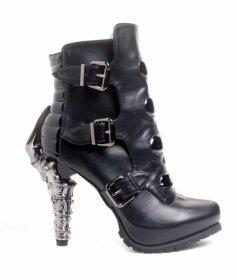 国内発送  ベルトで留めたブラックボディに鉤爪ヒールのショートブーツNEO|ヘイディーズ-hades-靴ブランド通販