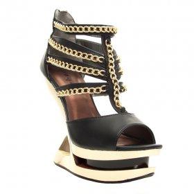 海外取寄 チェーンとピラミッドヒールのサンダルNIKA|hadesブランド靴通販