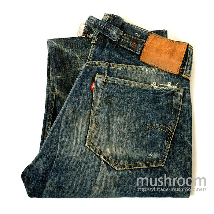 LEVIS 501XX JEANS WITH BUCKLE BACK( NICE HIGE )